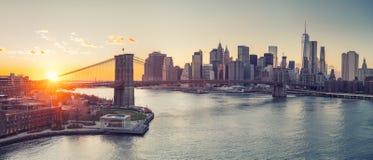 Ponte di Brooklyn e Manhattan al tramonto Immagine Stock