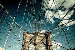 Ponte di Brooklyn, Manhattan New York Concetto vivente urbano Immagini Stock