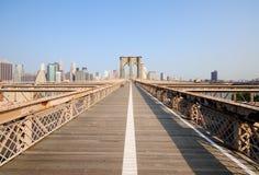 Ponte di Brooklyn nella prospettiva Fotografia Stock