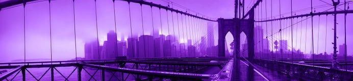 Ponte di Brooklyn ultravioletto Immagini Stock