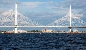 Ponte di cavo attraverso il diametro ad alta velocità occidentale Immagine Stock Libera da Diritti