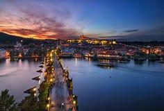 Ponte di Charles e cattedrale della st Vitus, Praga, repubblica Ceca Fotografia Stock