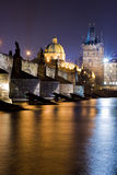 Ponte di Charles a Praga fotografie stock