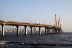 Ponte di collegamento del mare di Bandra Worli di Mumbai Fotografie Stock Libere da Diritti