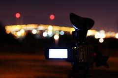 Ponte di contaminazione della videocamera portatile alla notte Fotografia Stock Libera da Diritti