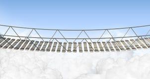 Ponte di corda sopra le nuvole Immagini Stock