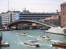 Ponte di costituzione su Grand Canal fotografie stock