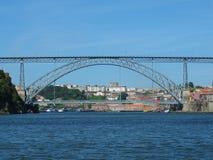 Ponte di Dom Luis I dalla barca Fotografia Stock Libera da Diritti
