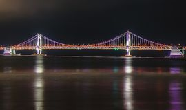 Ponte di GwangAn, dell'orizzonte e Haeundae alla notte a Busan, Corea Immagini Stock