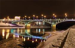 Ponte di Kirov alla notte. Fotografia Stock