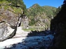 Ponte di Larja in Himalaya Immagine Stock Libera da Diritti