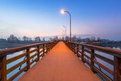 Ponte di legno sopra il fiume di Nogat Fotografie Stock Libere da Diritti