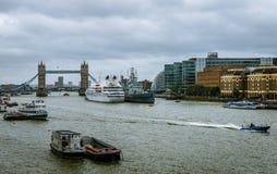 Ponte di Londra del fron di vista immagine stock libera da diritti