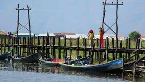 Ponte di Maing Thauk, lago Inle Fotografia Stock Libera da Diritti