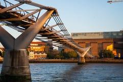 Ponte di millennio Immagini Stock Libere da Diritti