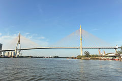 Ponte di Phra Rama 8 Fotografie Stock