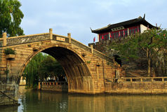 Ponte di pietra Fotografia Stock