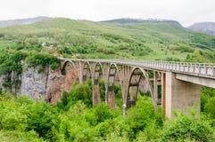 Ponte di pietra del film immagine stock libera da diritti
