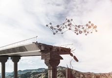 Ponte di pietra nocivo come idea per il problema ed il concetto del collegamento del sociale fotografia stock