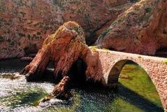 Ponte di pietra pedonale Immagini Stock