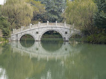 Ponte di pietra a westlake Hangzhou Fotografie Stock