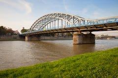 Ponte di Pilsudski sul Vistola a Cracovia Fotografia Stock Libera da Diritti