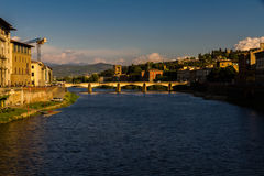 Ponte di Ponte Veccio, uguagliante luce, Firenze Fotografia Stock Libera da Diritti