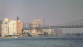 Ponte di Queensboro d'annata stock footage