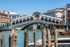Ponte di Rialto photos stock