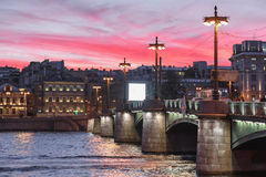 Ponte di Sampsonievsky, Sankt-Peterburg immagine stock libera da diritti