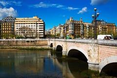 Ponte di Santa Catalina sopra il fiume di Urumea in Sant Sebastian Fotografie Stock Libere da Diritti