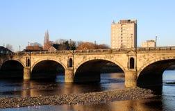 Ponte di Skerton sopra la luna del fiume, Lancaster, Regno Unito immagine stock