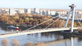 Ponte di SNP (ponte del UFO) a Bratislava archivi video