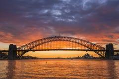 Ponte di Sydney Harbor di alba Fotografia Stock