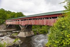 Ponte di Taftsville prima delle riparazioni immagini stock
