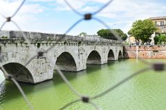 Ponte di Tiberio, Rimini, Italien stockfoto