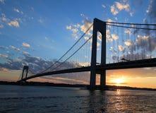 Ponte di Verrazano al tramonto a New York Immagine Stock Libera da Diritti