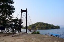 Ponte in diga di Kaeng Krachan nel parco nazionale di Kaeng Krachan Fotografia Stock