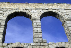 Ponte do aqueduto da Espanha de Segovia fotos de stock