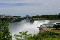 Ponte do arco-íris, Niagara Falls imagens de stock