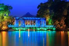 Ponte do cristal no crepúsculo Imagens de Stock Royalty Free