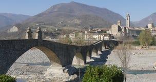 A ponte do diabo em Bobbio fotografia de stock royalty free