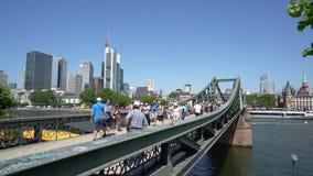 A ponte do ferro em Francoforte filme