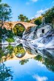 A ponte do filme na vila Zovik foto de stock royalty free