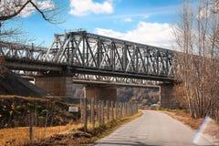 Ponte do metal para a estrada de ferro fotos de stock