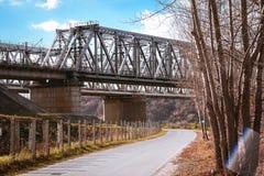 Ponte do metal para a estrada de ferro fotos de stock royalty free