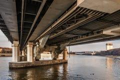 Ponte do metro de Luzhniki em Moscovo, Rússia Fotos de Stock Royalty Free