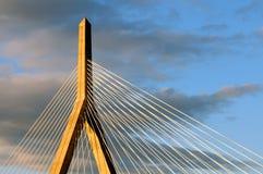 Ponte do monte de depósito Imagens de Stock