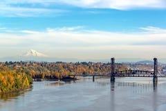 Ponte do norte da estrada de ferro de Burlington e Mt capa imagem de stock