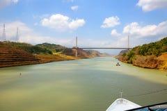 A ponte do século é a segunda ponte sobre o canal do Panamá imagens de stock